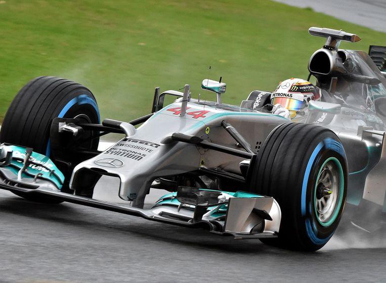 Lewis Hamilton tijdens de kwalificatie in Melbourne. Beeld afp