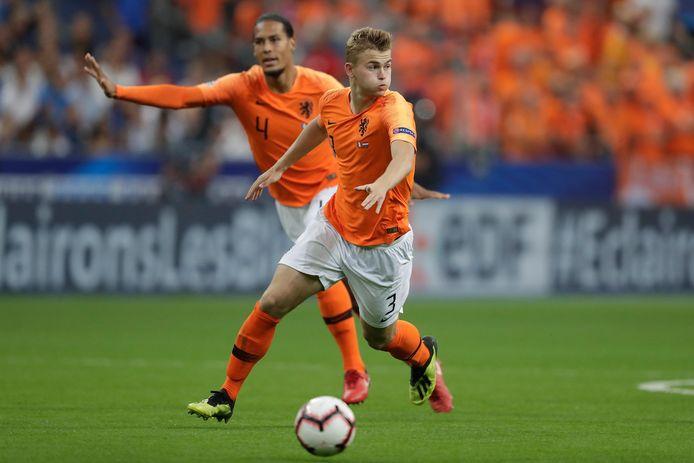 Virgil van Dijk en Matthijs De Ligt stonden vorig jaar ook het elftal.