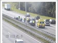 Files door ongeluk met meerdere auto's op A1 bij Barneveld