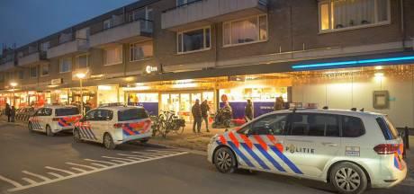 Gewapende overval op Etos in Eindhoven: dader droeg opvallend groen regenpak