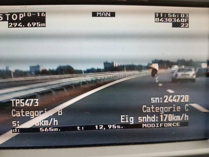 De man haalde tijdens de meting een snelheid van 170 kilometer per uur.