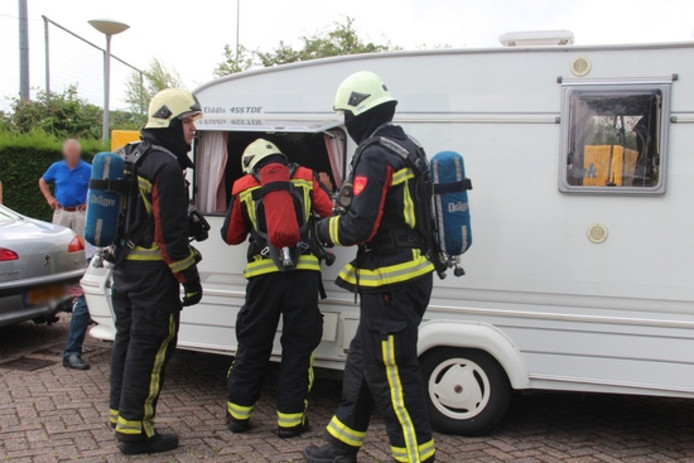 Rookontwikkeling in een caravan aan de Sloeweg in Vlissingen