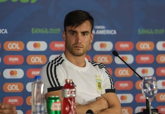 Nicolás Tagliafico bij de persconferentie voor het duel met Colombia.