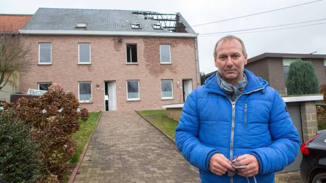 """Christian (52) meet schade op na uitslaande brand: """"Alleen de vier muren kunnen overeind blijven"""""""