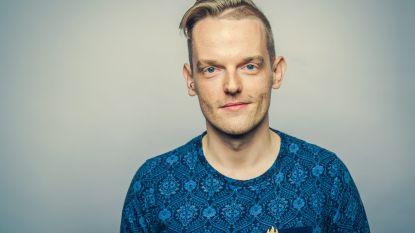 MNM-dj Tom De Cock maakt podcast over boeken