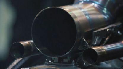 Mercedes brengt nieuwste F1-wagen tot leven