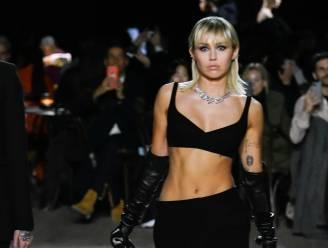 Miley Cyrus loopt show voor Marc Jacobs