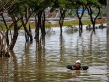 Vijf doden door overstromingen Indonesië, tienduizend mensen moesten huis verlaten