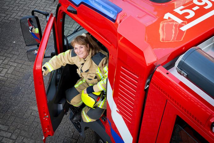 Els Nelis zwaait na 33 jaar af bij de Brandweer.