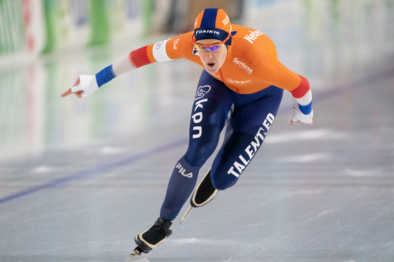 Ireen Wüst op het ijs in Heerenveen.