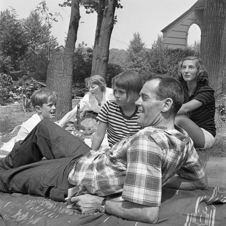 De familie Fonda in 1949. Beeld Corbis via Getty Images