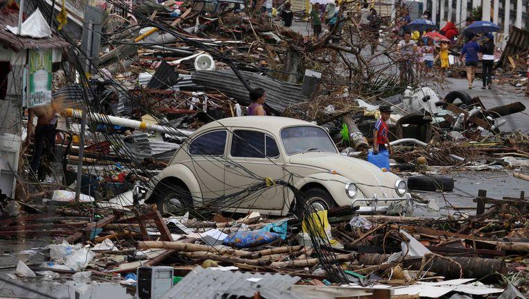 Tacloban op het eiland Leyte is het zwaarst getroffen. Beeld AP