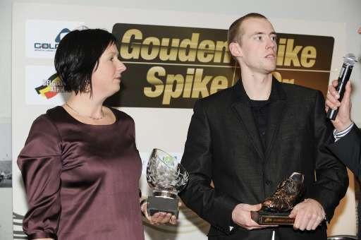 """""""À partir de cette année, je commence ma collection des doubles"""", a déclaré en rigolant Kristof Beyens, gagnant du Spike de bronze chez les messieurs."""