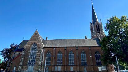 Daken van Sint-Cordulakerk worden gerestaureerd met Vlaamse premie