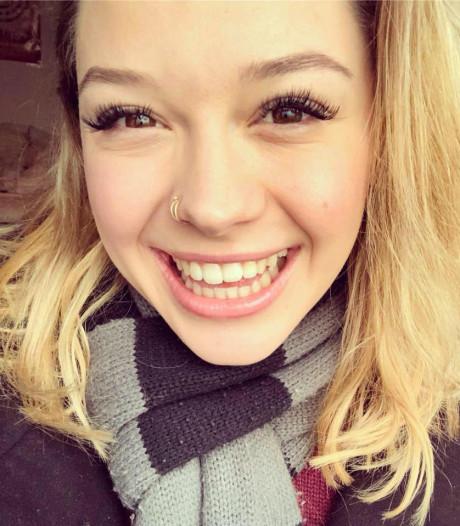 Moeder van Sarah (21) wil weten waarom haar dochter werd vermoord