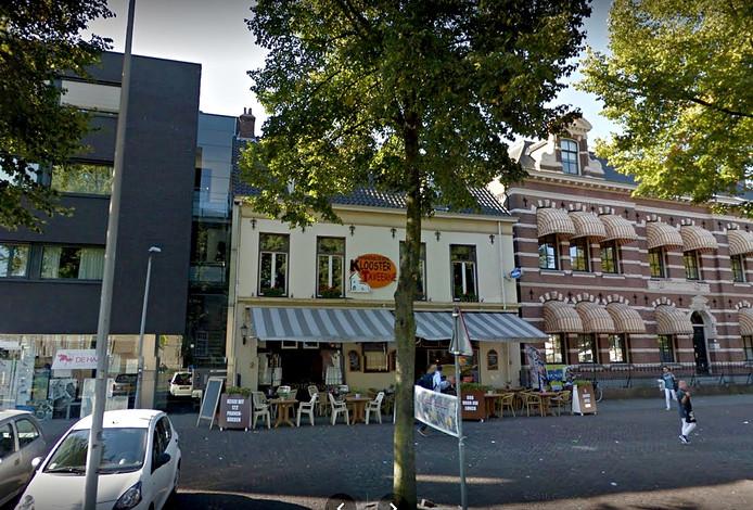Pand van De Kloostertaveerne aan het Kloosterplein in Breda. Archieffoto Google Street Maps