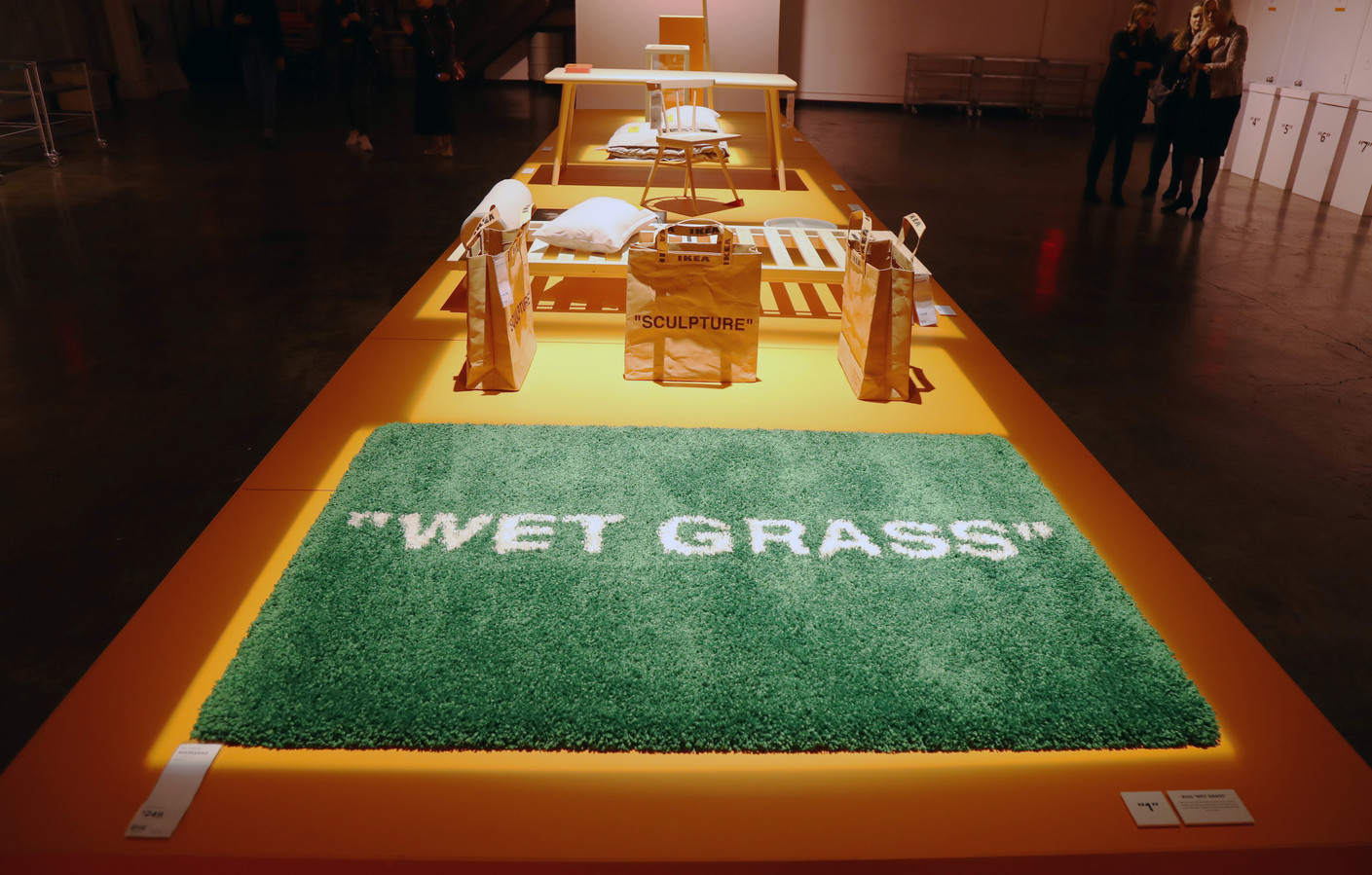 Tapijt 'Wet Grass' van Virgil Abloh
