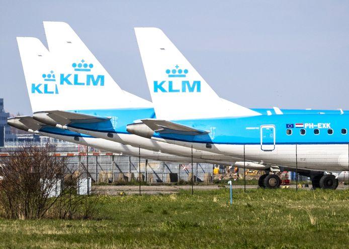 Een groot deel van de KLM-vloot staat door de coronacrisis aan de grond.