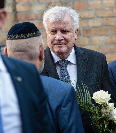 Duitse minister na extreem-rechtse terreur in Halle: 'Hou gamers in de gaten'