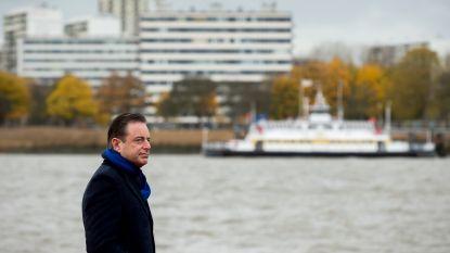 De Wever bevestigt Brusselse waarschuwing over bus met Koerden