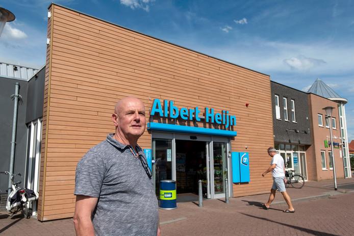 Fer Pusters, de Zettenaar die sinds 10 maart voor een jaar een winkelverbod bij de Albert Heijn had. Sinds dinsdag is hij weer welkom.