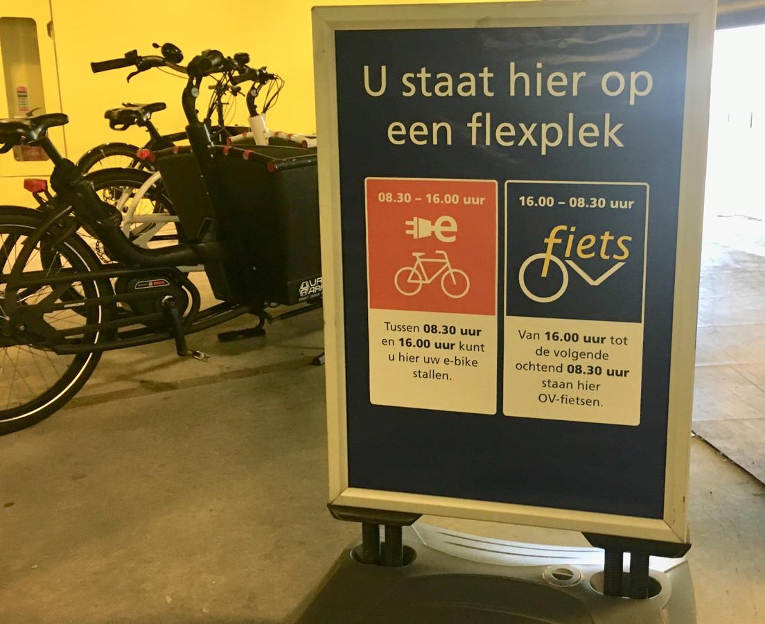De service richting bezitters van e-bikes geldt tot 's middags 16.00 uur.