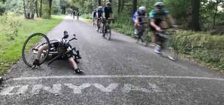In groepjes wielrennen mag weer: zo houden we het gezellig op het fietspad