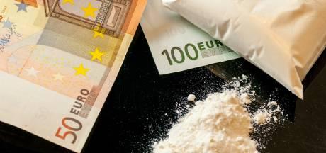 Drugsdealer heeft naast drugs grote som geld bij zich