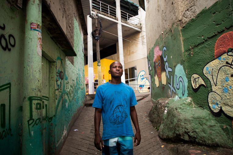 Alan da Silva (26) woont in de Favela Da Providência in Rio de Janeiro.  Beeld Valda Nogueira
