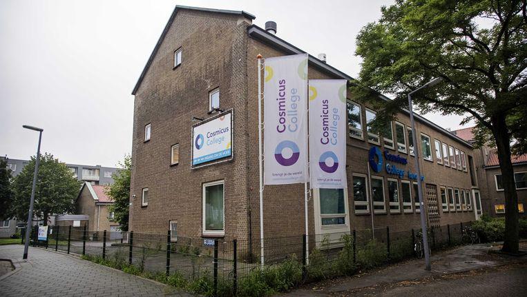 Het Cosmicus College in Rotterdam. Deze week begon de school weer. Beeld ANP