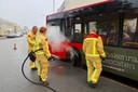 De brandweer kreeg rond 9.10 uur een melding van een bus in brand op de Croy.