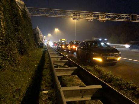 Lange file op A12 na ongeluk lost op: weg is weer vrij