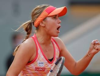 Een 21-jarige tegen een 19-jarige: Kenin rekent af met Kvitova en speelt finale Roland Garros tegen Swiatek
