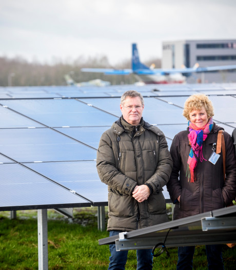 Zonnepark bij Vliegbasis Eindhoven heeft nog duizend panelen 'over'