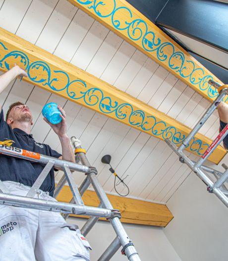 Rankschilderingen keren dankzij Cibapstudenten terug in oude burgemeesterswoning in Kampen