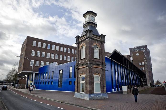 De rechter moet oordelen of de Stadsbank Oost Nederland een Almelose woningverhuurder op het verkeerde been heeft gezet.