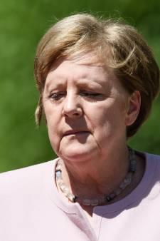 Les tremblements d'Angela Merkel suscitent l'inquiétude