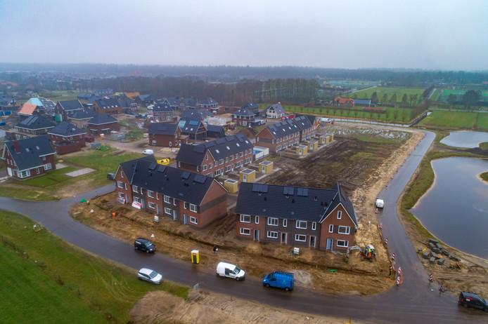 Nieuwbouwwijk De Vlierlanden in aanbouw.