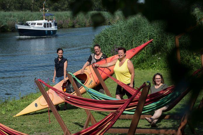 De initiatiefneemsters van Toeristisch Traai. Vlnr: Susan Nash, Petra Kimmel, Kathleen van Gorp en Marlies Joosen.