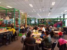 'Eerste schooldag' voor Hoevense kinderen in binnenspeeltuin