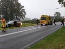 Gewonde bij frontale botsing op Oldenzaalsestraat in Losser