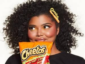 Une marque de chips organise son premier défilé de mode