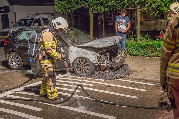 P. Fahner uit Ede is voor de tweede keer de dupe geworden van een autobrand.