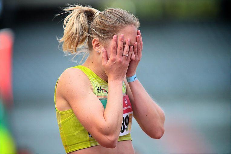 Ongeloof bij Manon Depuydt na haar reeks van de 200m. Met een chrono van 23.33 stak ze haar ticket voor het EK op zak.