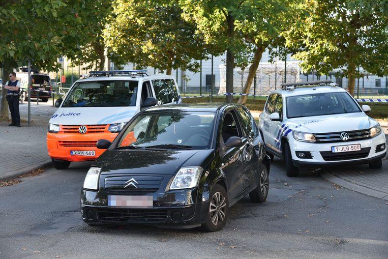 Auto achtervolging in Molenbeek Mahatma Ghandilaan