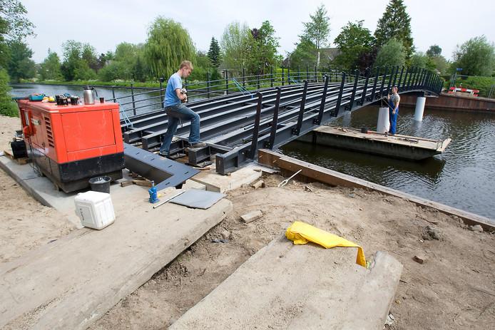 Brug over Oude Rijn bij Woerden (Archieffoto).