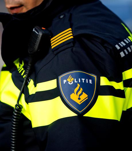 Politie vindt veel drugs in auto in centrum van Tilburg