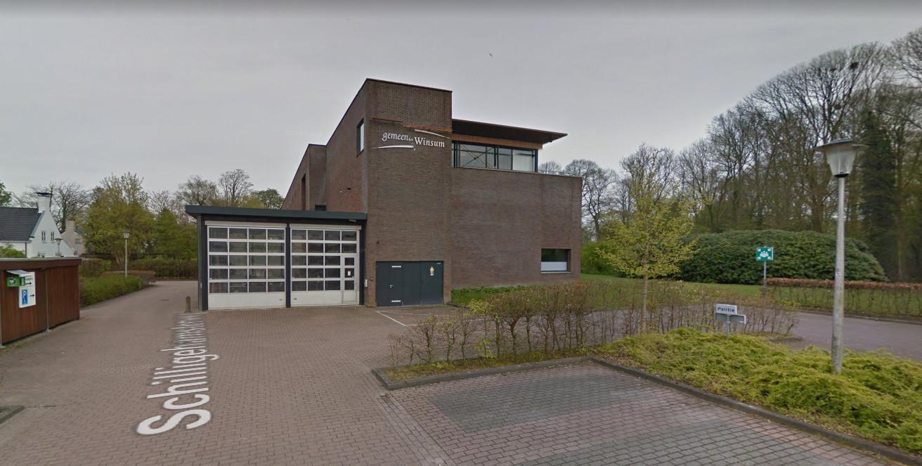 Het gemeentehuis van Winsum, foto ter illustratie