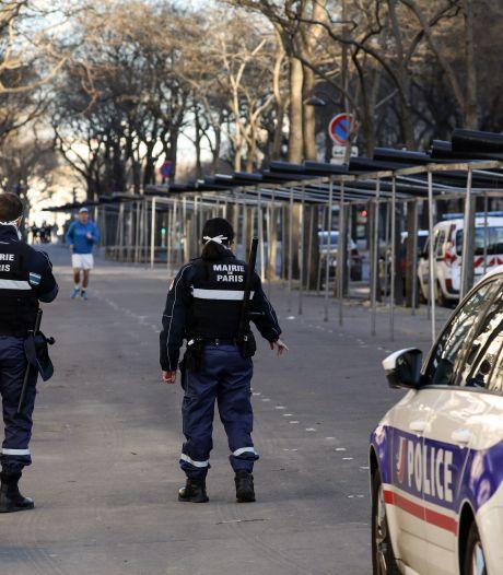 Scène d'horreur à Paris: deux femmes massacrées dans un appartement du XXe arrondissement