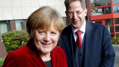 Hoofd veiligheidsdienst moet opstappen van Merkel